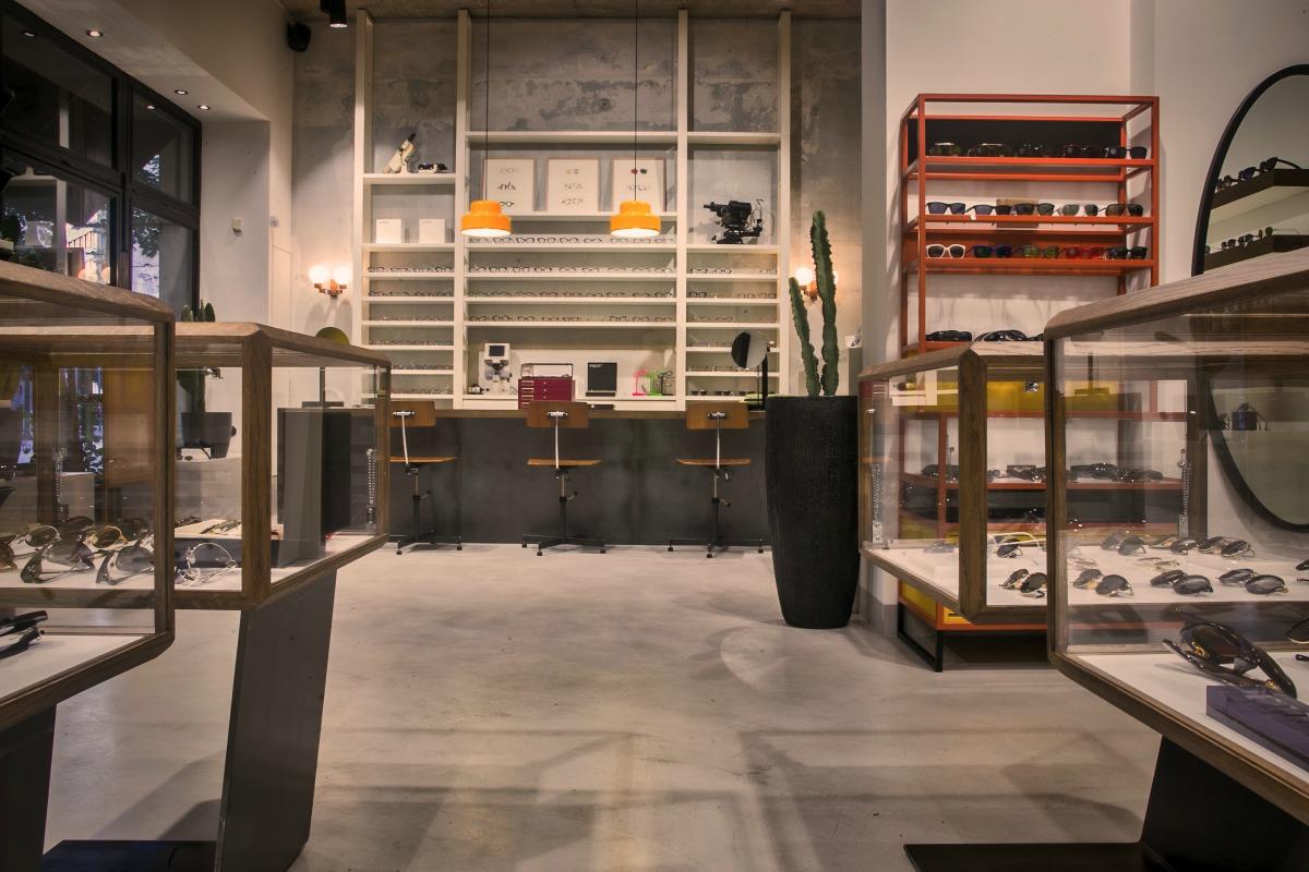 bda4416e6c Η αρχιτέκτονας Μαρία Σκιαδαρέση ανέλαβε την εσωτερική διαρρύθμιση του  μαγαζιού