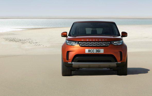 Το νέο Land Rover Discovery σε ταξιδεύει παντού