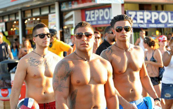 Πέντε στιλιστικά λάθη που κάθε άνδρας πρέπει να αποφύγει το καλοκαίρι