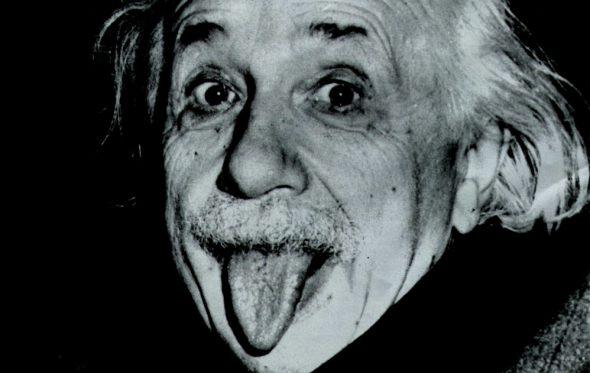 Η πιο διάσημη -και αστεία- φωτογραφία του Albert Einstein πωλήθηκε για 125.000 δολάρια