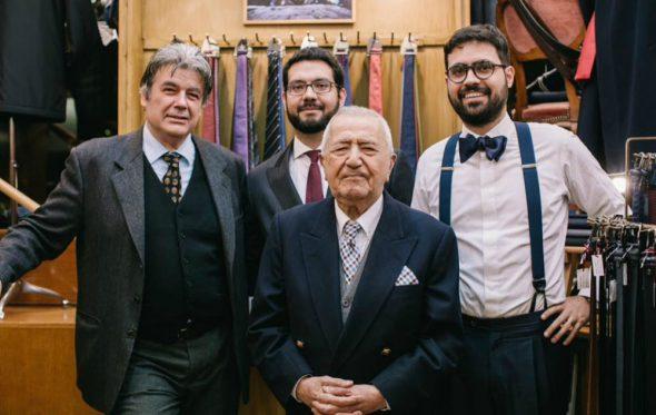 Ο οίκος Χριστάκης διδάσκει τα μυστικά του χειροποίητου πουκαμίσου εδώ και 70 χρόνια