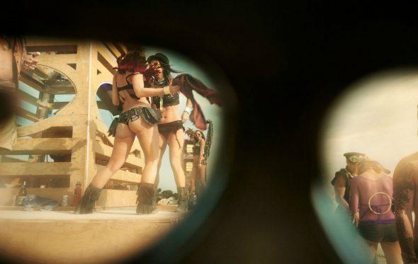 Η φιλοσοφία (και ο ερωτισμός) του Burning Man μέσα σε ένα φωτογραφικό βιβλίο