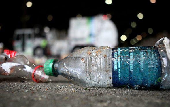 Η Κόστα Ρίκα θέλει να απαγορεύσει όλα τα πλαστικά μιας χρήσης