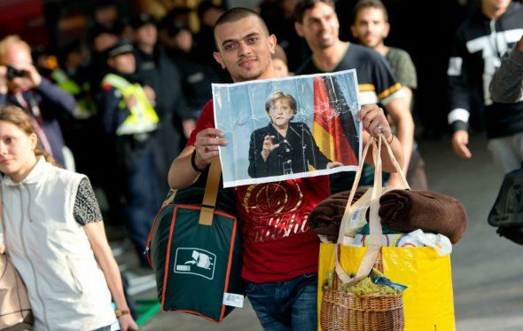 Πώς η Γερμανία της Μέρκελ τα καταφέρνει με τους πρόσφυγες