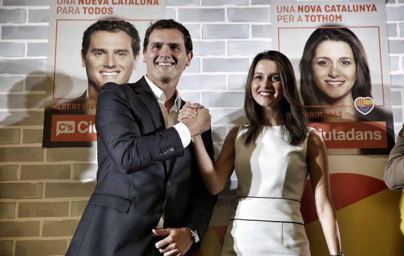 Ποια είναι η γοητευτική Inés Arrimadas που πάει κόντρα στην αυτοκαταστροφική πολιτική του Puigdemont