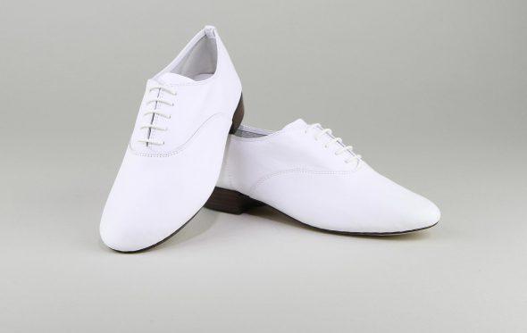 Zizi, τα παπούτσια του διαφθορέα Σερζ