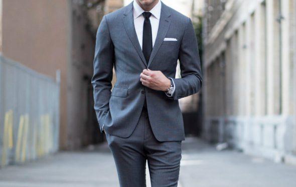 Κάποια κόλπα για να δείχνει το φτηνό κοστούμι σας ακριβό