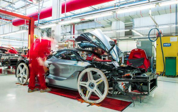 Under the Skin: Όλη η ιστορία της Ferrari σε μια έκθεση