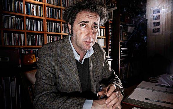Ο Paolo Sorrentino θέλει να ανακαλύψει όλα τα βρώμικα μυστικά της Ιταλίας