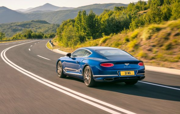 Luxury is back: Η νέα Bentley Continental GT στην Ελλάδα της «ανάπτυξης»