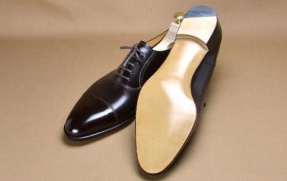 Παπούτσια: δερμάτινη σόλα VS λαστιχένια σόλα