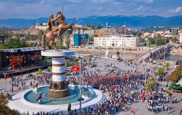 Нова-Македонија: Να πούμε καμιά αλήθεια;
