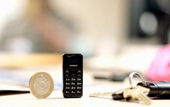 Αυτό θα είναι το πιο μικρό κινητό του κόσμου