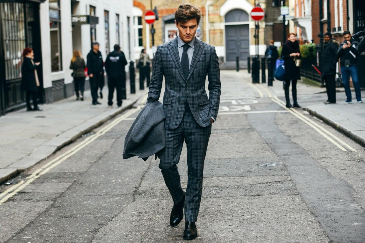 152231-Tommy-Ton-In-London-Street-Style-At-2015-Fall-Menswear-Shows ... cba0a88919c