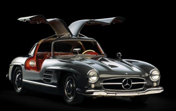 Gullwing-door cars: 5+1 αυτοκίνητα με πόρτες… γλαρωτές
