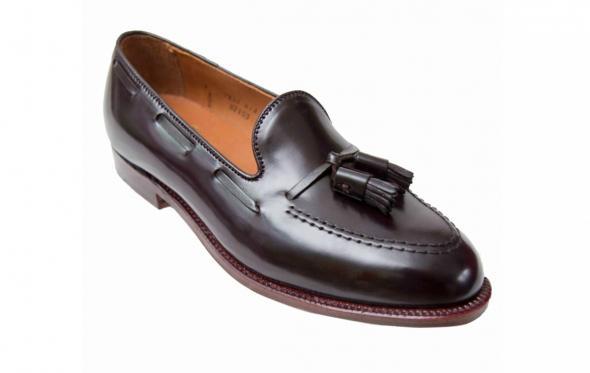 Τassel loafers: ναι, αυτά με τις «φουντίτσες», είναι κομψά και χαλαρά