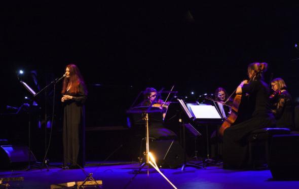 Μαρίκα Κλαμπατσέα: «Παίζοντας μουσική στον δρόμο ένιωσα την απόλυτη ελευθερία»