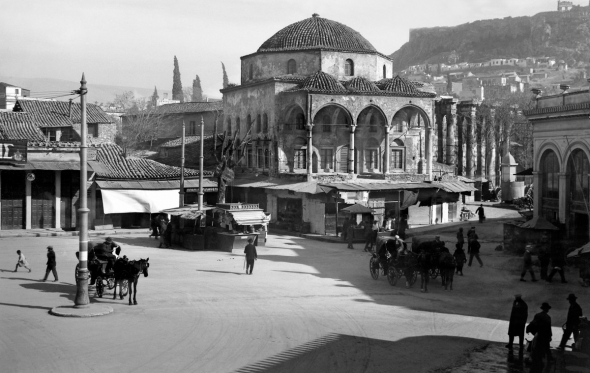 Ασπρόμαυρες ματιές στην Αθήνα που δεν γνωρίσαμε