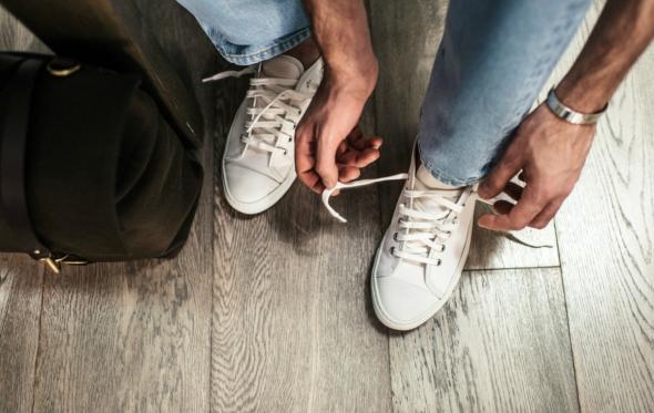 Σπαζοκεφαλιά: υπάρχουν δεκάδες τρόποι να δέσετε τα κορδόνια των sneakers σας