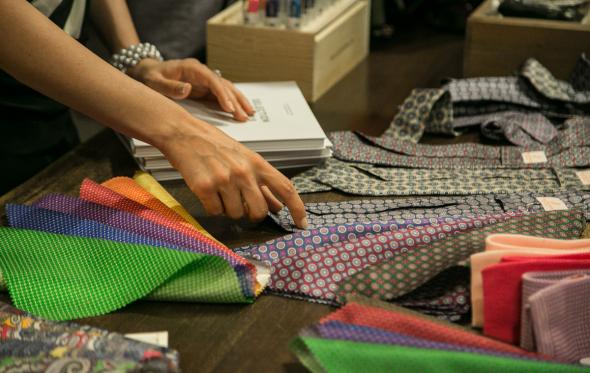 Πώς καθαρίζουμε τη γραβάτα