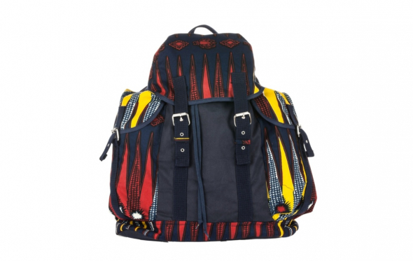 9 στυλάτα backpacks για να χωρέσει μέσα τους όλο το καλοκαίρι
