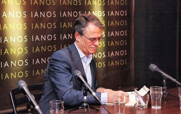 Χάρης Βλαβιανός: Είμαστε ακόμη στο σωστό ποίημα