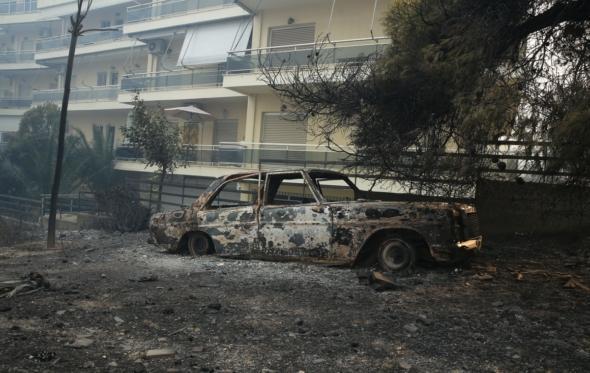 Πώς μπορείτε να βοηθήσετε τους πληγέντες από τις πυρκαγιές στην Αττική