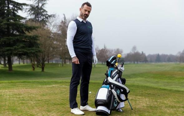Το σοφιστικέ golf look της Falconeri