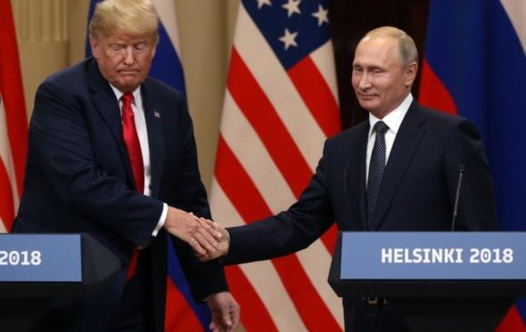 Η συνάντηση Τραμπ – Πούτιν ήταν εξευτελιστική για τις ΗΠΑ