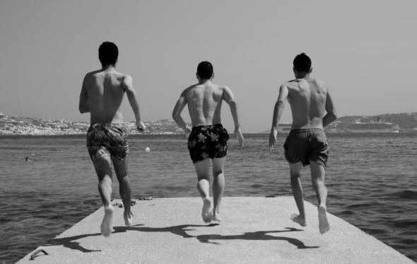 Ο Νίκος Κόκκας μας δείχνει το δικό του καλοκαίρι
