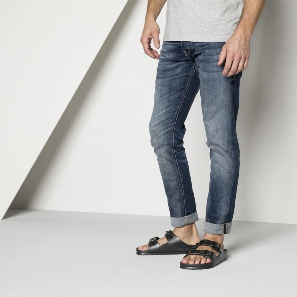 menswomens-birkenstock-sandals-arizona-essentials-eva-studded ... 2d1dbdbdc68