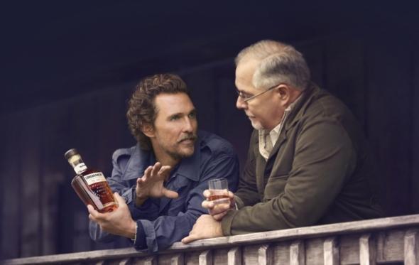 Και μέσα σε όλα ο Matthew McConaughey έφτιαξε το δικό του bourbon