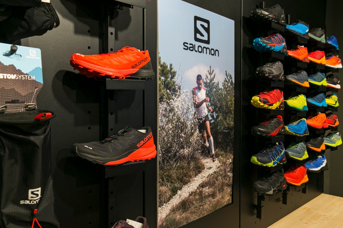 Salomon Store 1  2412fc3ed9e