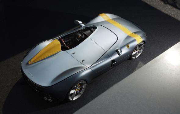 Και μέσα σε όλα η Ferrari ανακοίνωσε δύο συλλεκτικά supercars