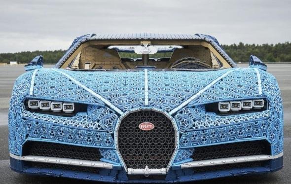 Αυτή η Bugatti Chiron είναι ένα «παιχνίδι» για μεγάλα αγόρια