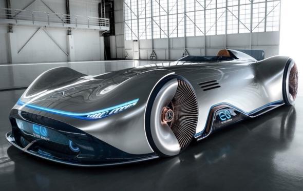 Vision EQ Silver Arrow: η Mercedes-Benz ρίχνει και πάλι το θρυλικό «Ασημένιο Βέλος» στην άσφαλτο