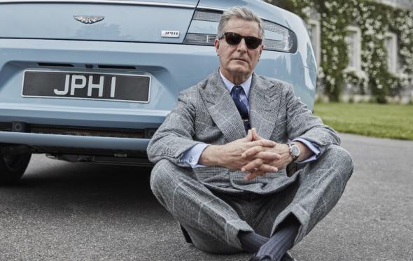 Η Aston Martin του Jeremy Hackett: roadtrip με σταυρωτό κοστούμι