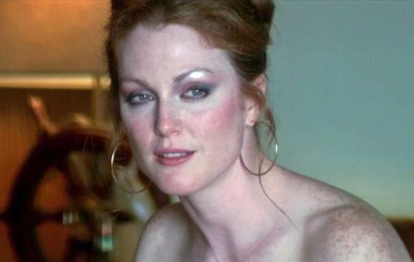 Χρόνια πολλά, σέξι Julianne Moore
