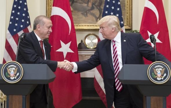 Ο Τραμπ ανάμεσα σε Ισραήλ, Τουρκία και το… ένστικτό του