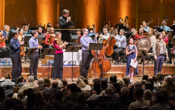 Oι μικροί Leonard Bernstein της Νέας Υόρκης: όταν η μουσική γίνεται ευφάνταστο παιχνίδι