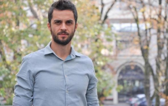 Βασίλης Κωστάκης: Ο καθηγητής στο Πολυτεχνείο του Ταλίν μας μιλά για τη μετάβαση στην «ομότιμη» παραγωγή