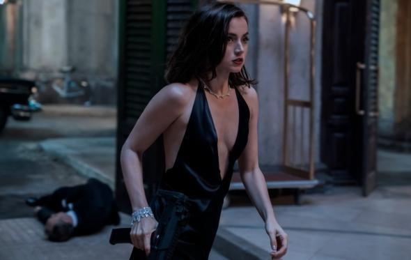 Αna de Armas: το νέο κορίτσι του James Bond είναι μια θεότητα των Τροπικών