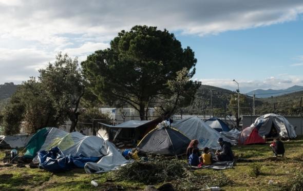 Αλήθεια, τι γίνεται σήμερα με τους πρόσφυγες στα νησιά;