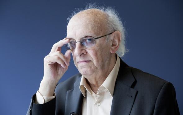 Πέτρος Μάρκαρης: «Έχουμε σοβαρό πρόβλημα, πιστεύουμε διαρκώς ότι κάποιοι θέλουν να μας υποδουλώσουν»