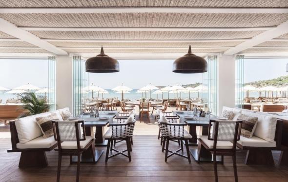Αnd the living is… Nice N Easy: Δοκιμάσαμε την ανανεωμένη κουζίνα της Astir Beach