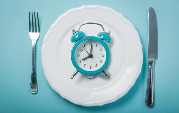 Τι συμβαίνει στο σώμα μας όταν «ξεχνάμε» να φάμε;