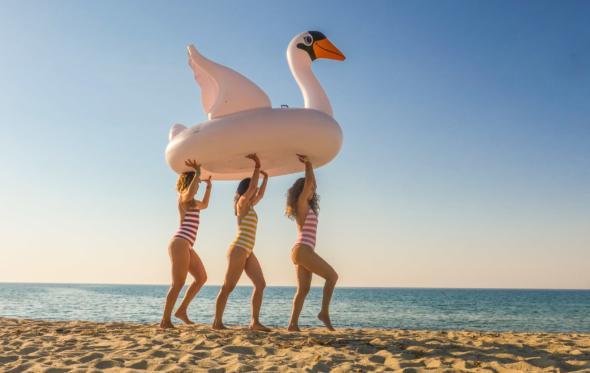 Η Πελαγία Καρανικόλα μας δείχνει το δικό της καλοκαίρι