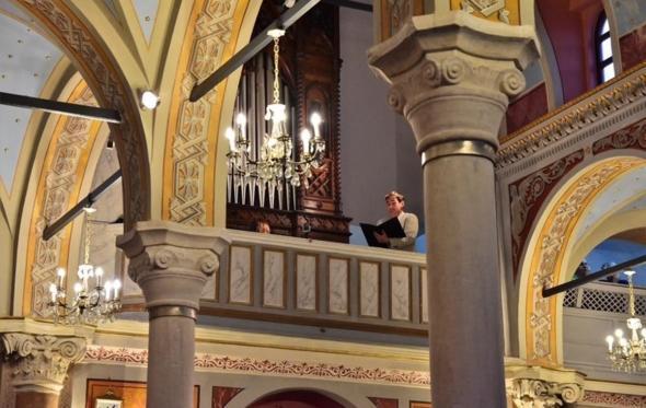 Η Σύρος γίνεται αυτό το καλοκαίρι ο κήπος της εκκλησιαστικής μουσικής