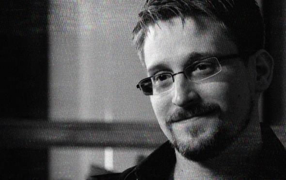 O Edward Snowden πιο αποκαλυπτικός από ποτέ