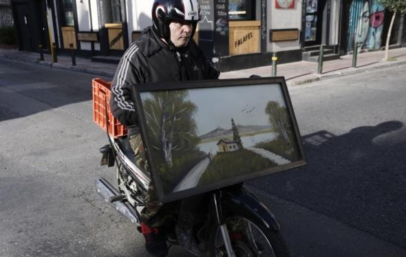 Οδηγώντας μηχανή στην πόλη: ένας οδηγός επιβίωσης